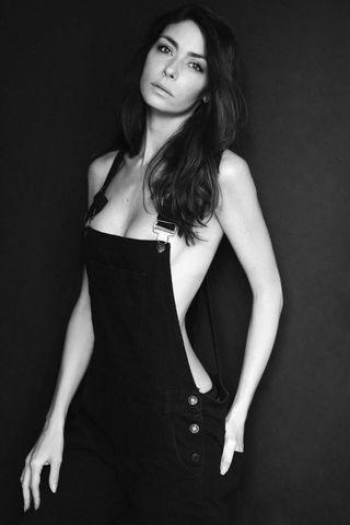 EMILIE  image-12