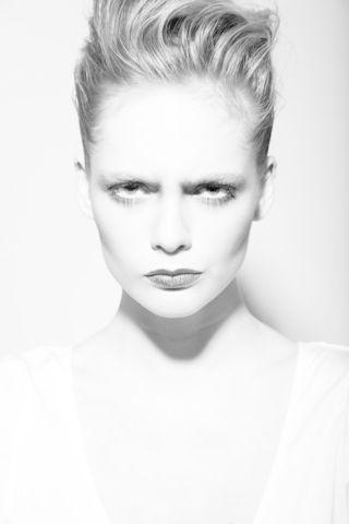 EMILIE B  image-6