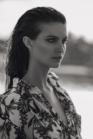 JOHANNA N image-18