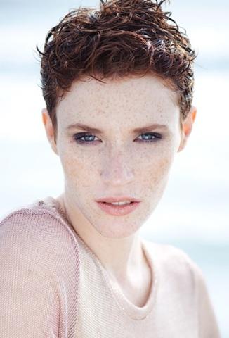 EMILIE P image-0