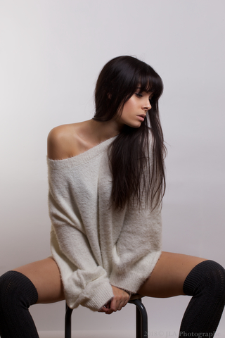 NINA S  image-5