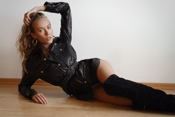 OLGA K  image-10