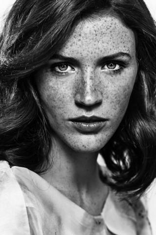 EMILIE P image-8